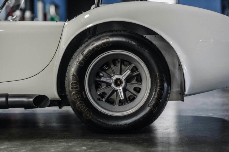 1965 Shelby 427 S:C Cobra Sanction II Tire