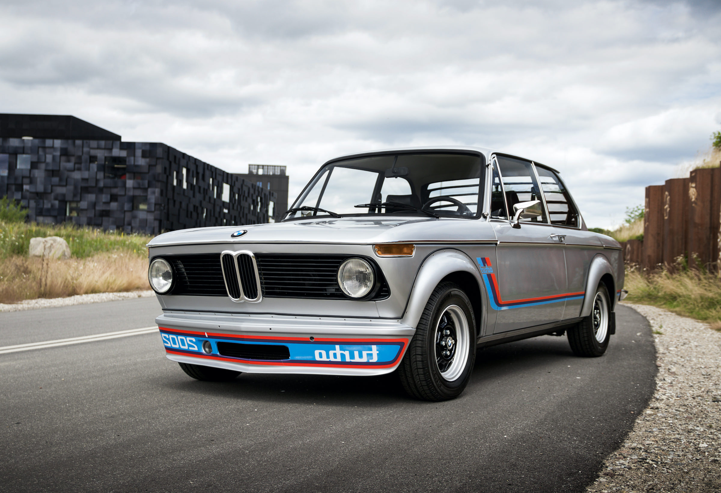 The Bmw 2002 Turbo Bmw S First Turbocharged Production Car