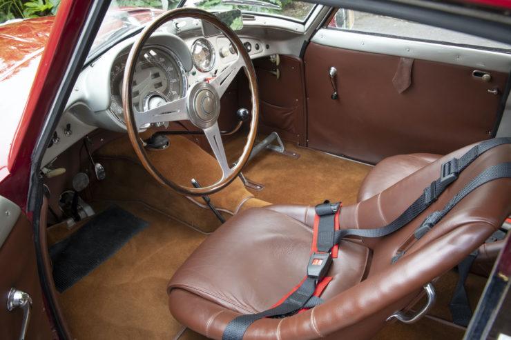 Fiat 8V Interior