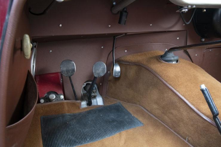 Fiat 8V Pedals