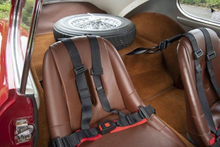 Fiat 8V Seats