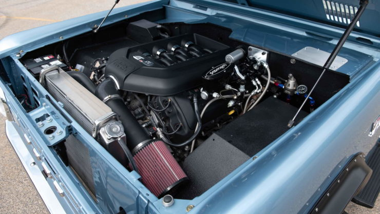 Ford Bronco Coyote V8