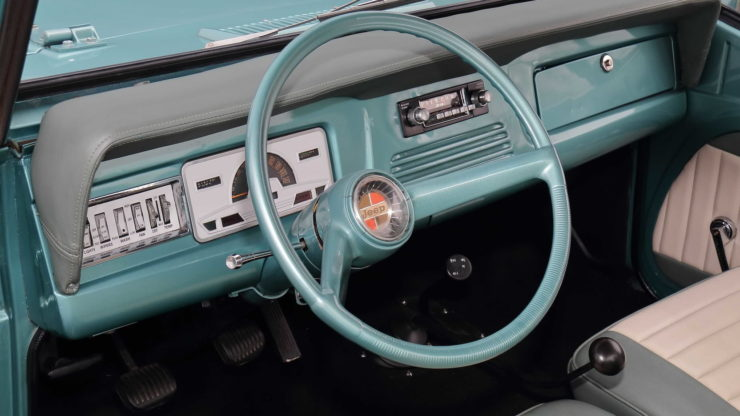 Jeepster Commando Dashboard