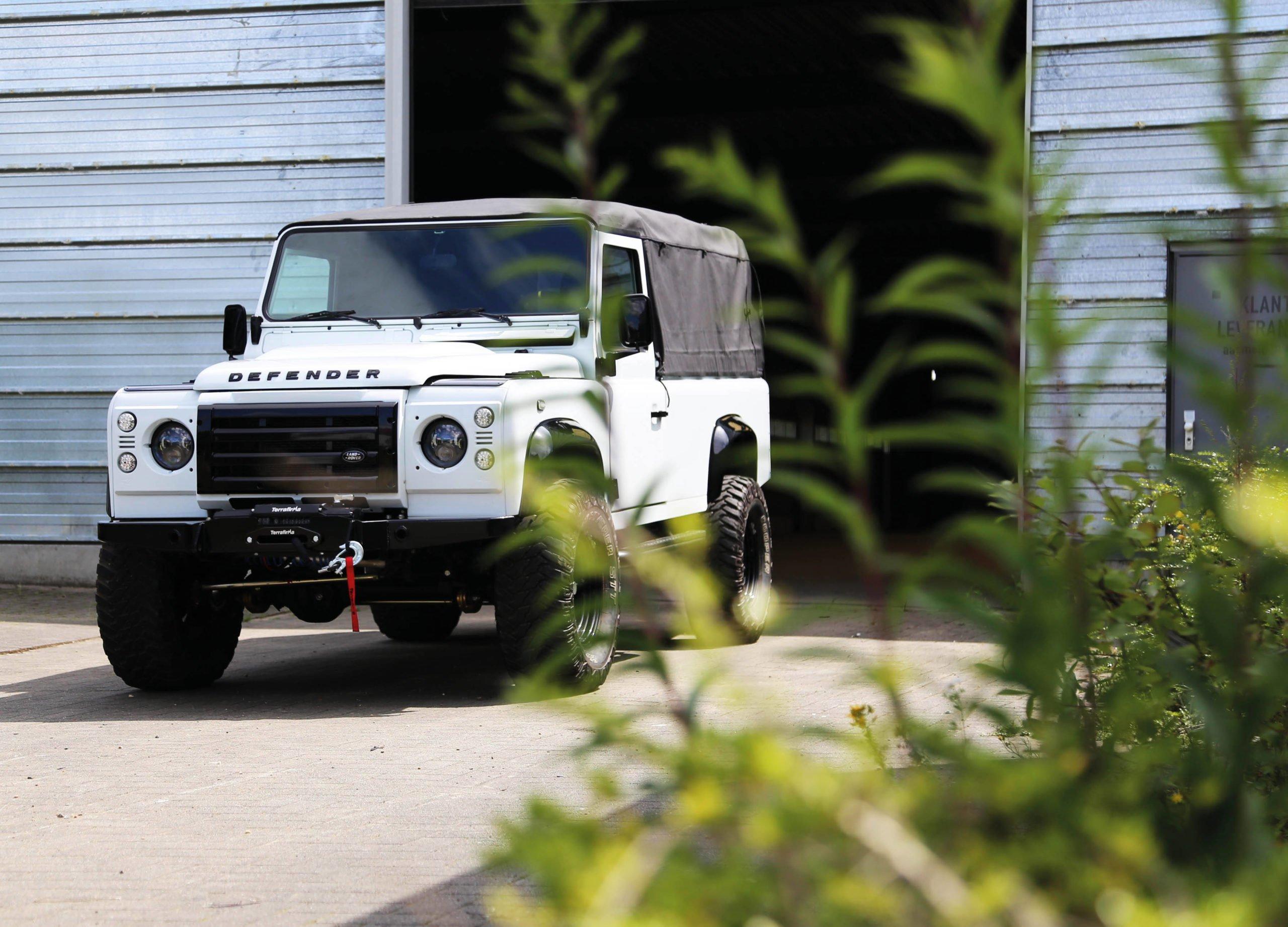 Land Rover Defender 110 V8