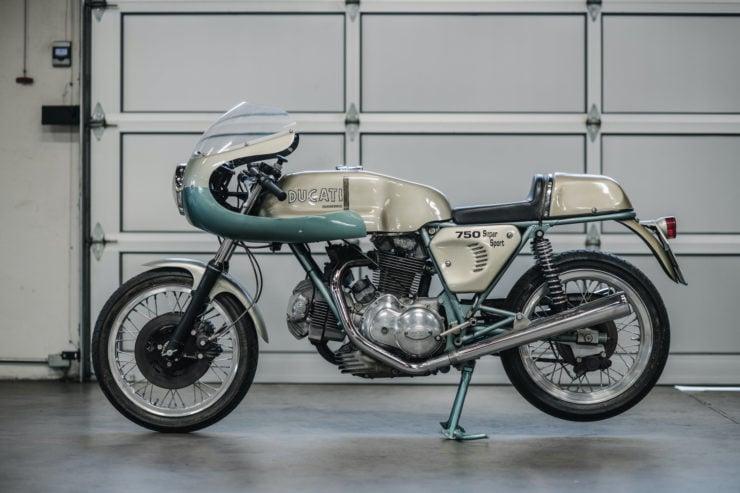 1974 Ducati 750 Super Sport Side 2