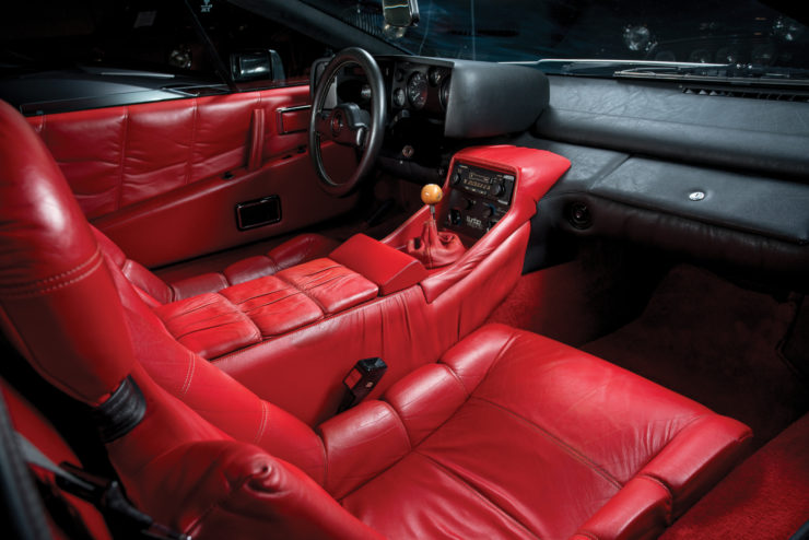 Lotus Esprit Series Two interior
