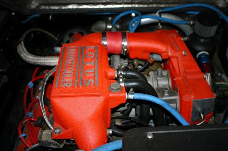 Lotus Esprit X180 engine