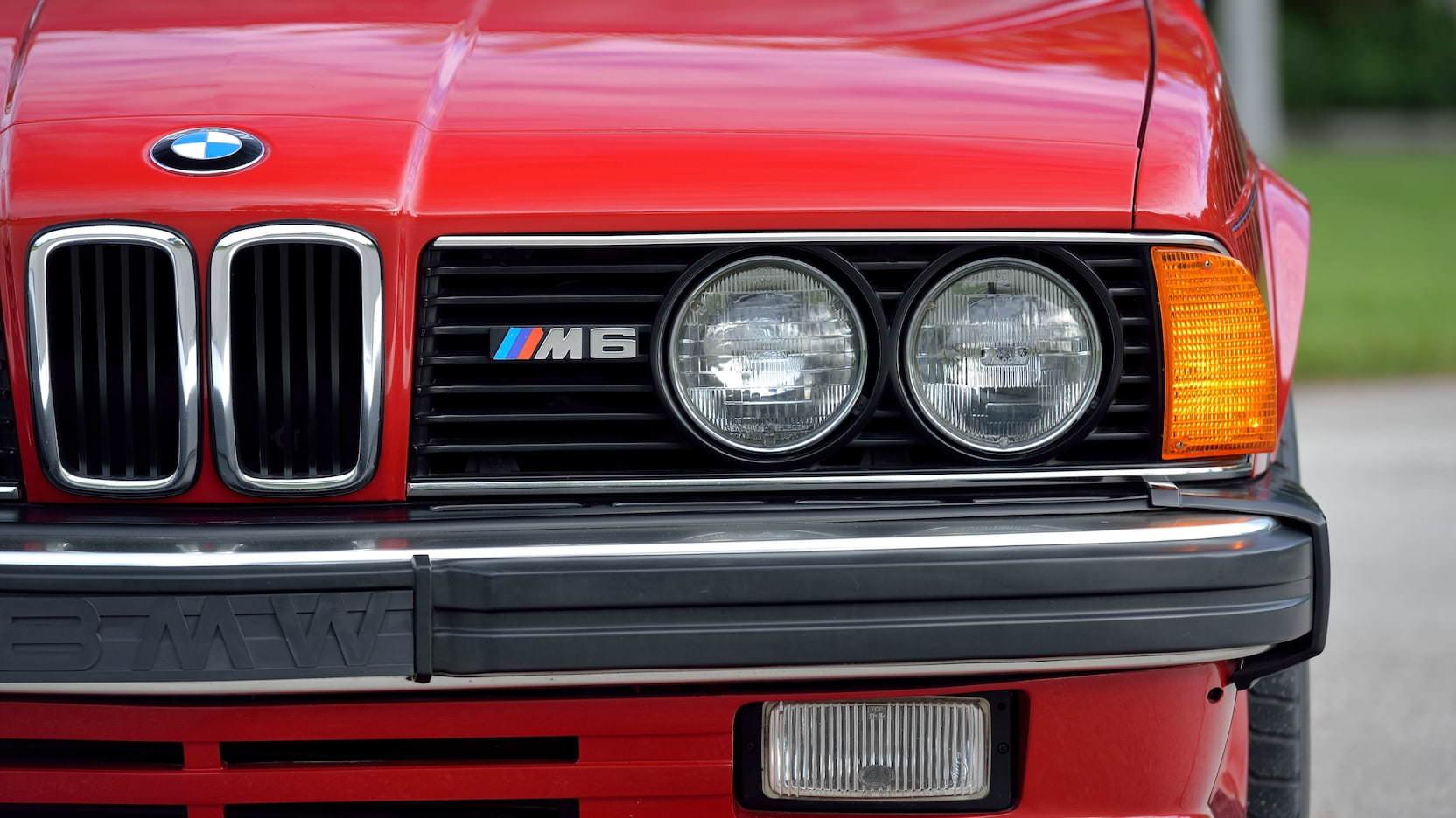 BMW M6 Headlights