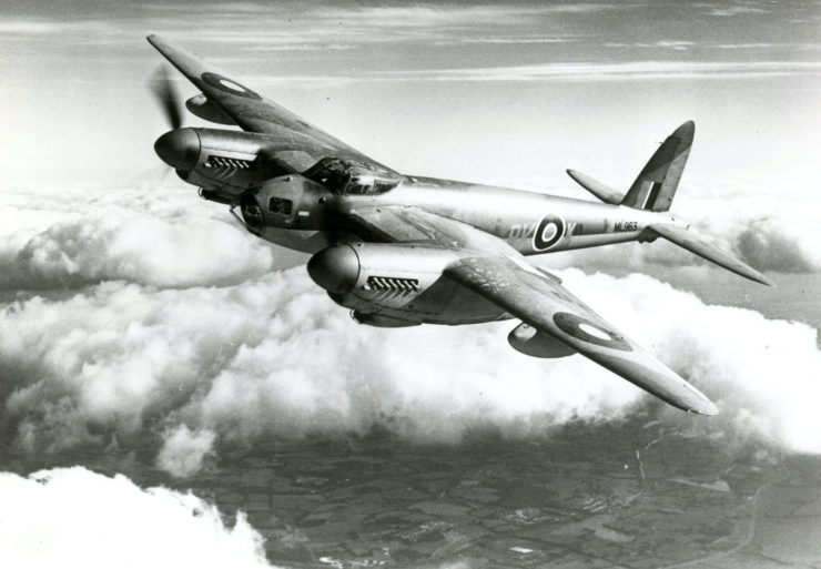 De Havilland Mosquito Flying