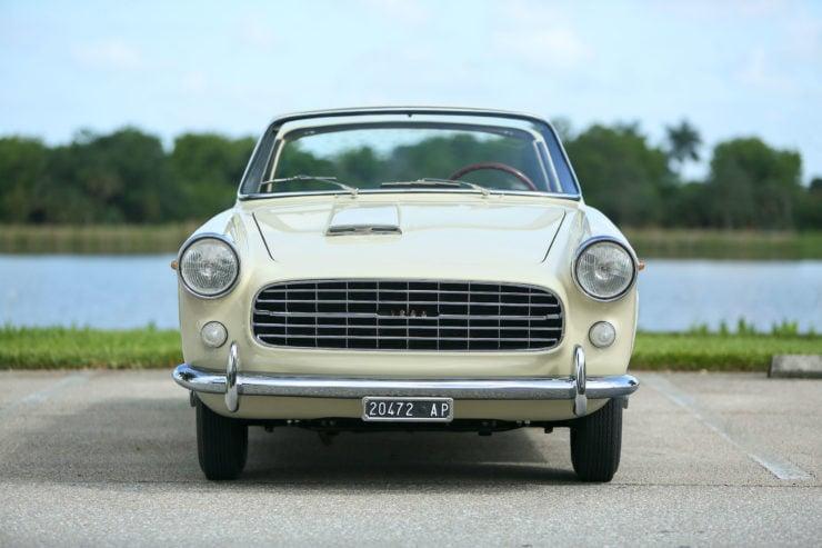 Fiat 1200 Wonderful Front