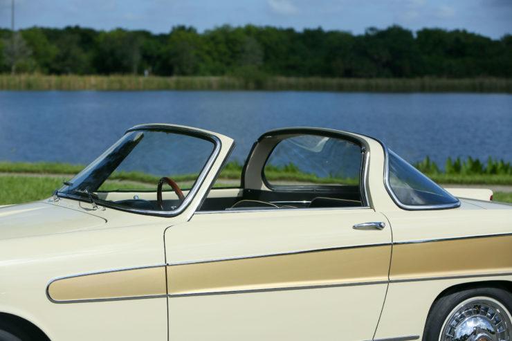 Fiat 1200 Wonderful Roof