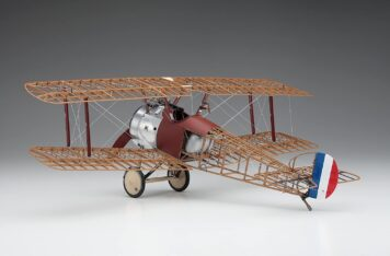 Hasegawa 1-16 Scale Sopwith Camel 7