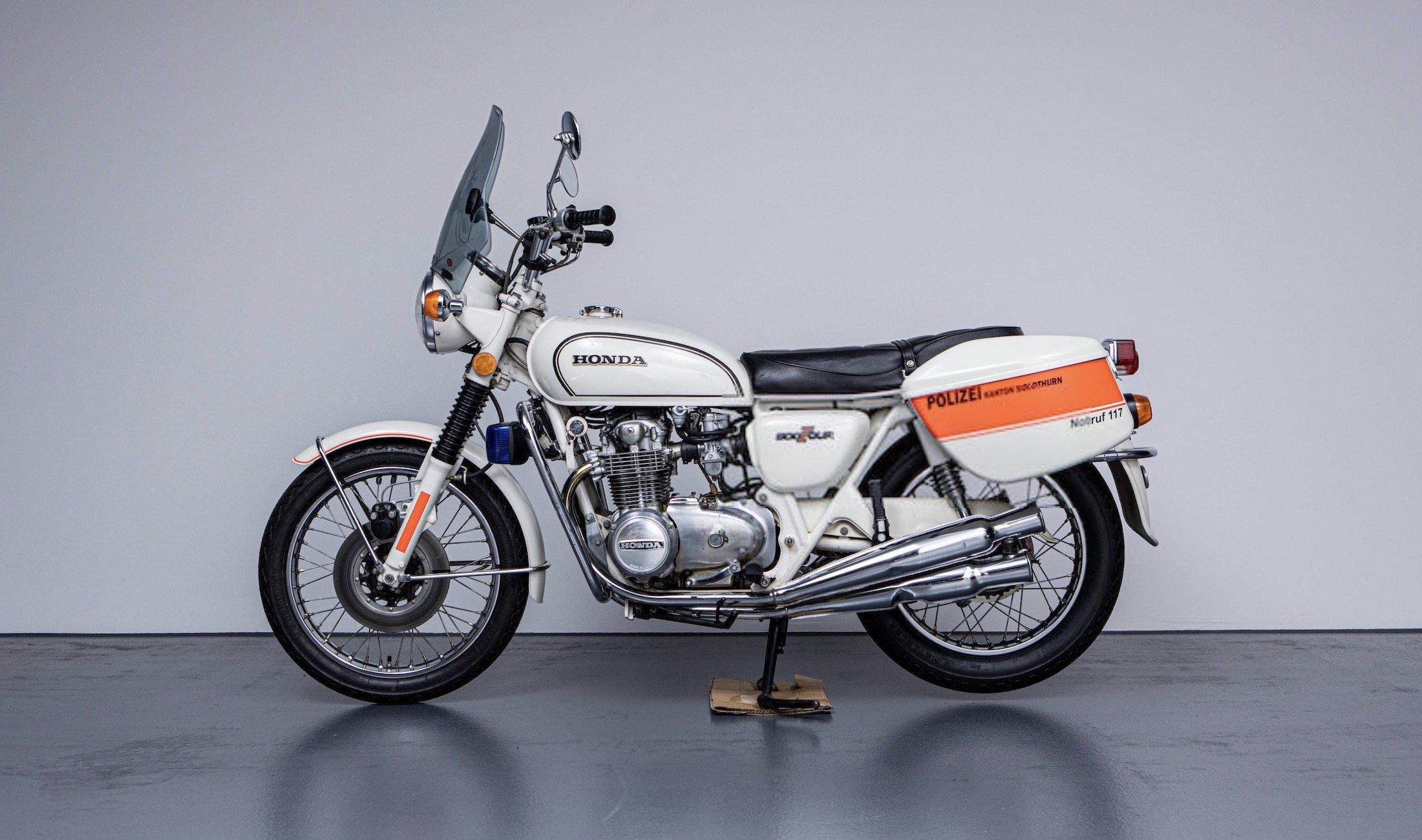 Honda CB500 Four 8