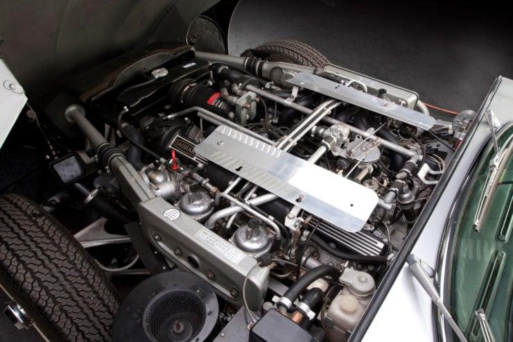 Jaguar XKE Series Three engine