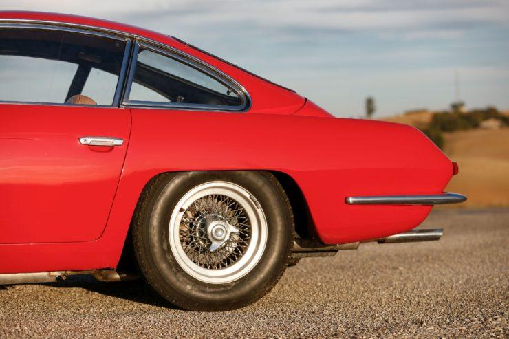 Lamborghini 400 GT 2+2 16