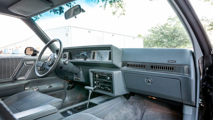 Oldsmobile 442 Interior 2