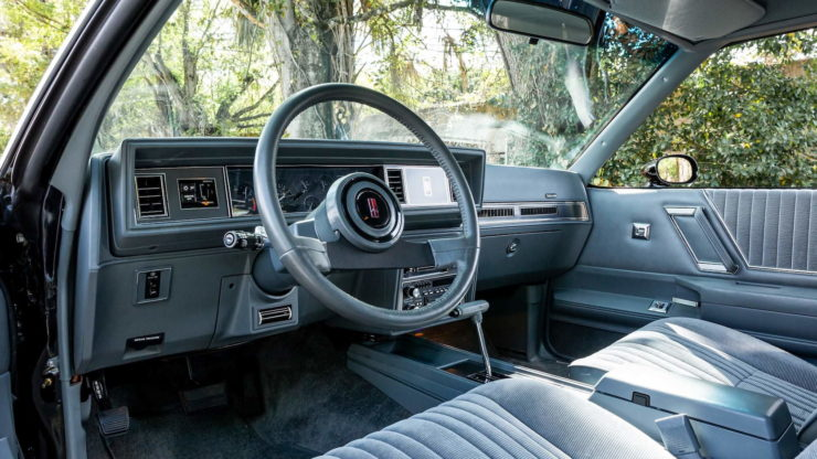 Oldsmobile 442 Interior