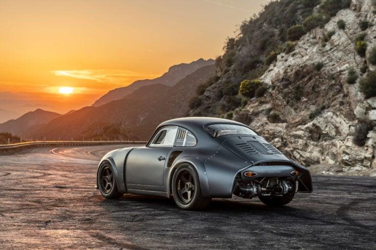 Porsche MOMO 356 RSR Outlaw Back
