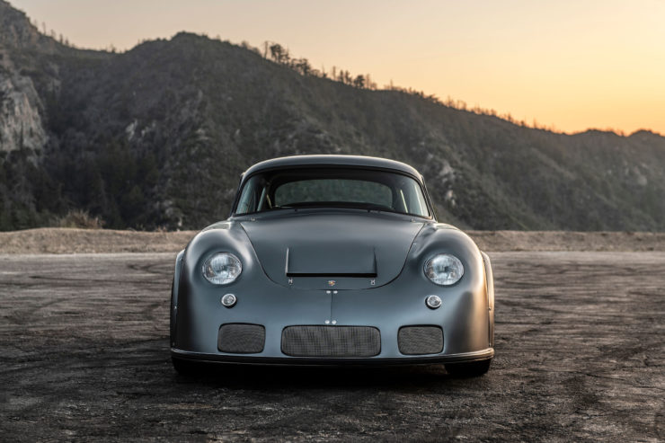 Porsche MOMO 356 RSR Outlaw Front