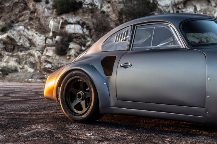 Porsche MOMO 356 RSR Outlaw Intake