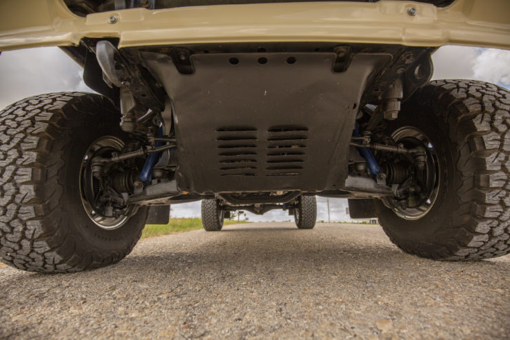Toyota 4×4 Pickup HiLux Front Suspension