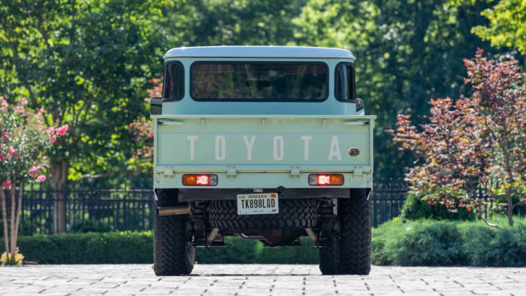Toyota FJ45 Land Cruiser Pickup Back 2