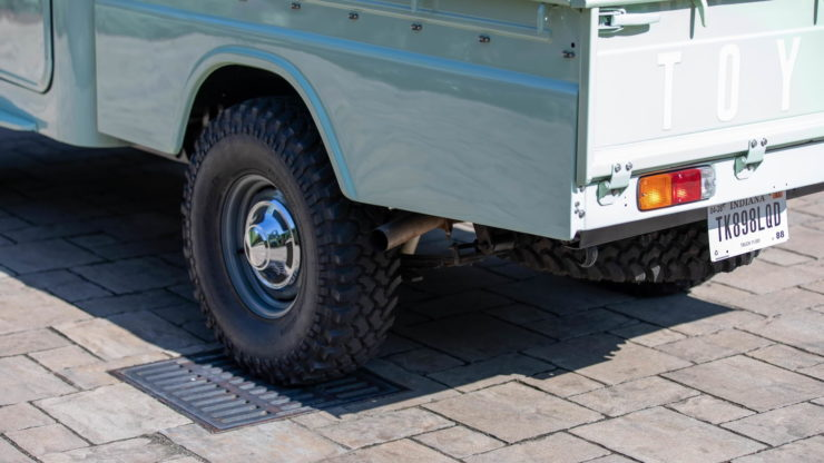 Toyota FJ45 Land Cruiser Pickup Wheels 2