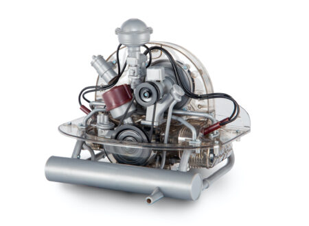 VW Beetle Flat-Four Boxer Engine Kit by Franzis Main