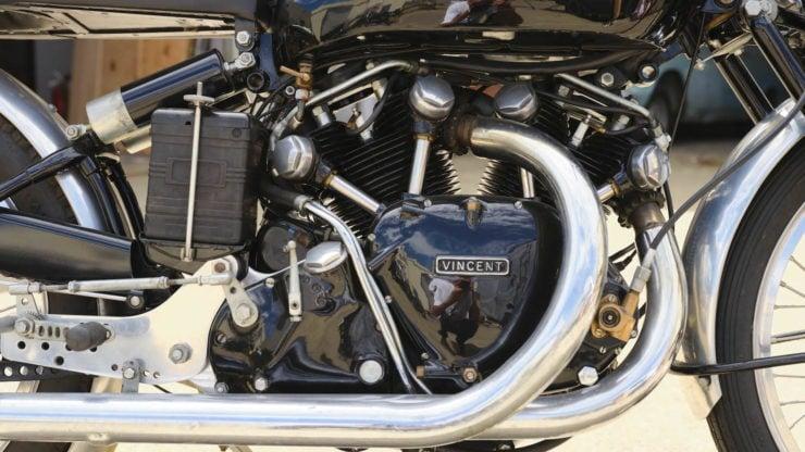 Vincent Black Lightning Engine Exhuast