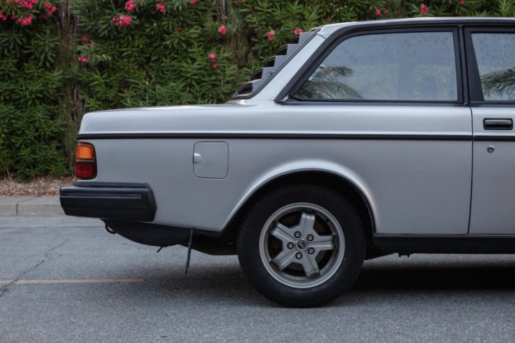 Volvo 242 Group A Homologation Flathood 1