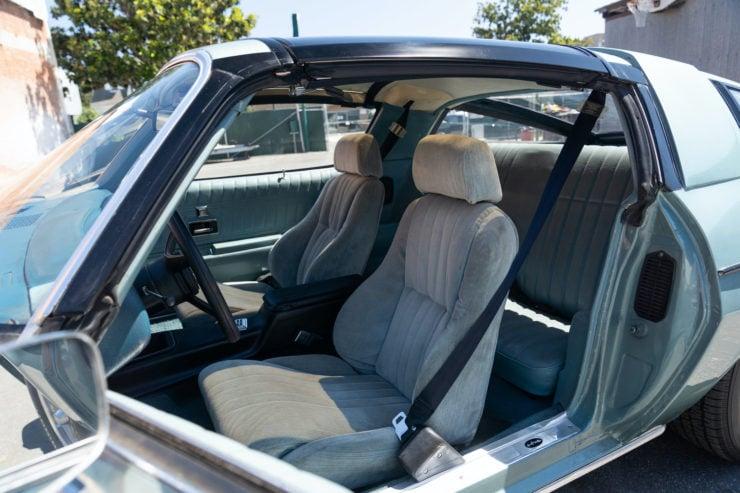Chevrolet Camaro Europo Hurst Frua Seats 2