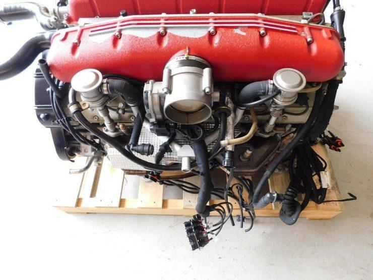 Ferrari 612 Scaglietti V12 Engine 10