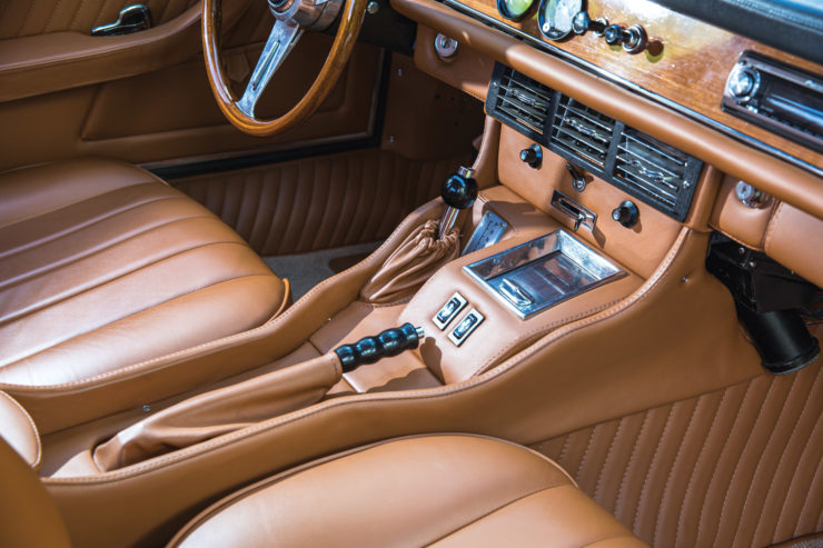 Iso Grifo Console