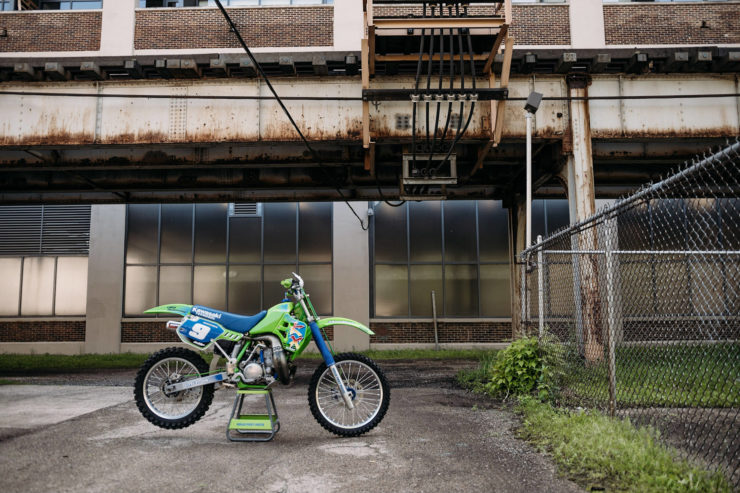Kawasaki KX250 12