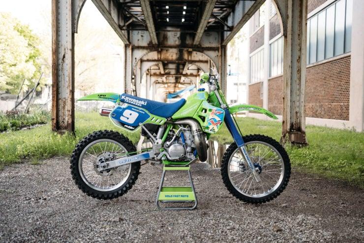 Kawasaki KX250 18