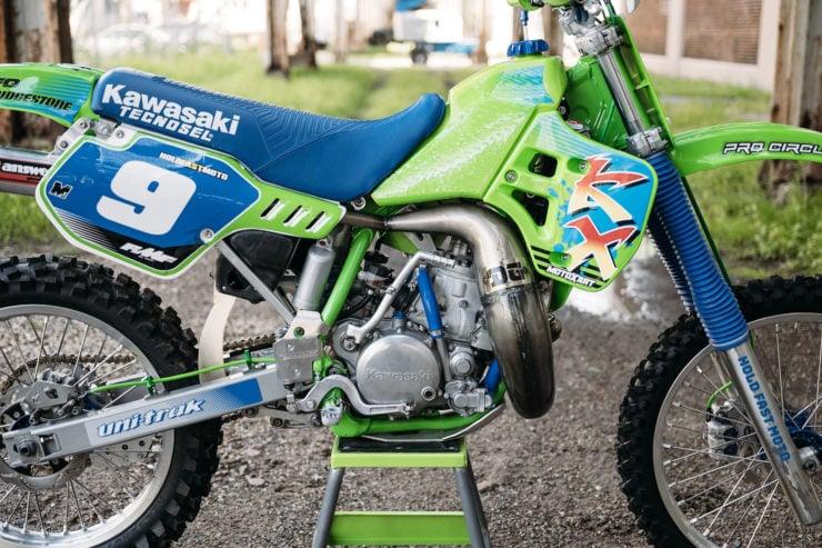 Kawasaki KX250 21