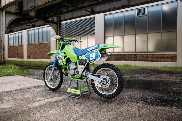 Kawasaki KX250 8