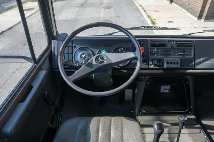 Unimog 437 Interior