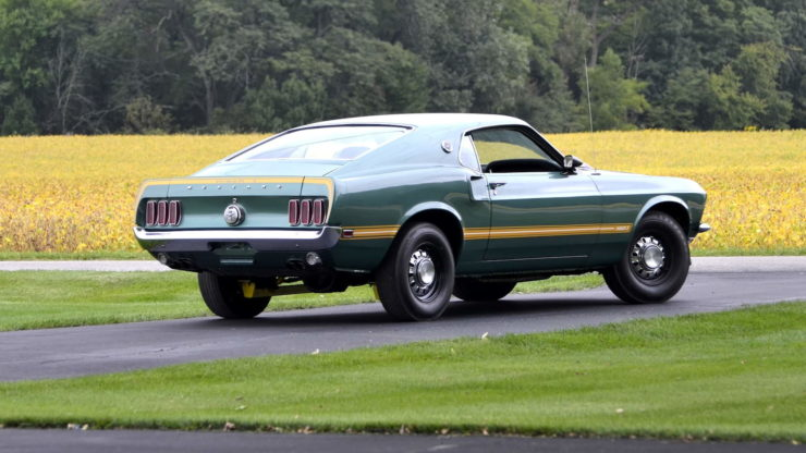 1969 Ford Mustang Mach 1 10