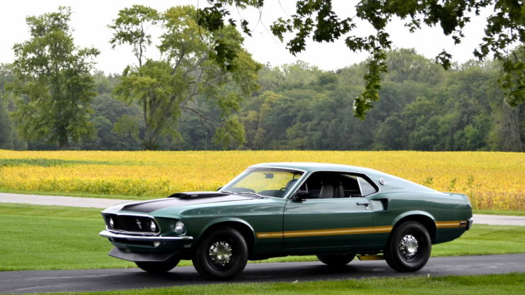 1969 Ford Mustang Mach 1 12
