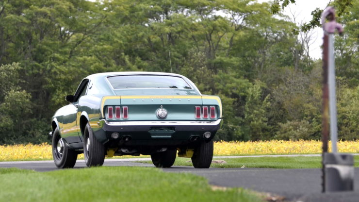 1969 Ford Mustang Mach 1 15