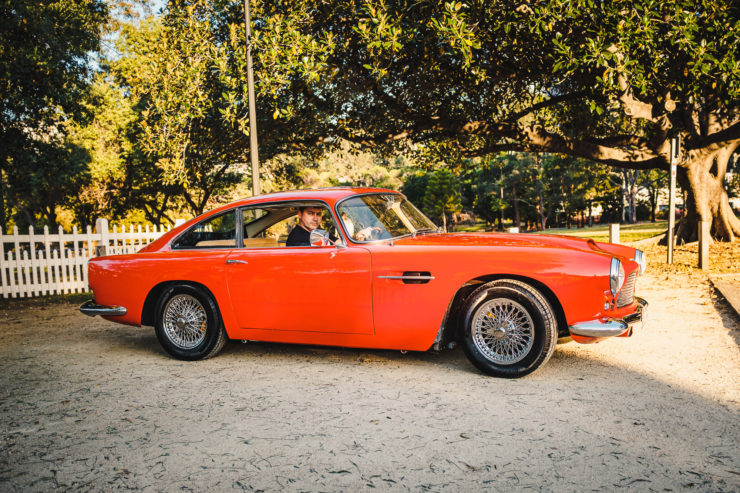 Aston Martin DB4 2