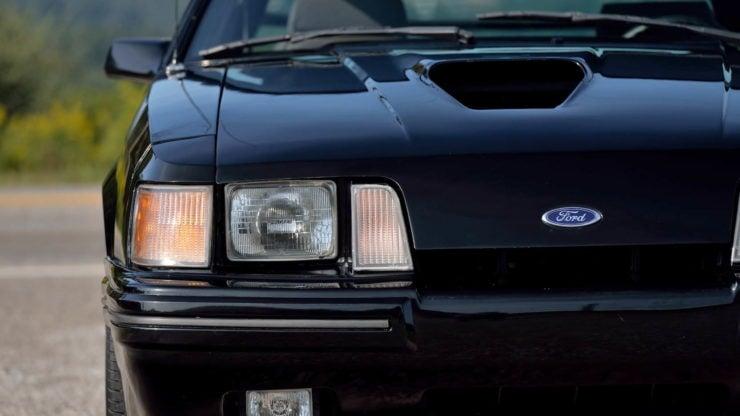 Ford Mustang SVO 8