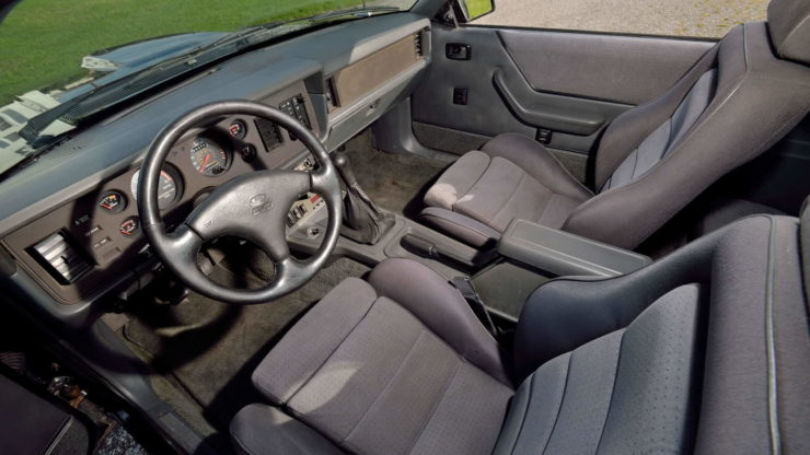 Ford Mustang SVO Interior