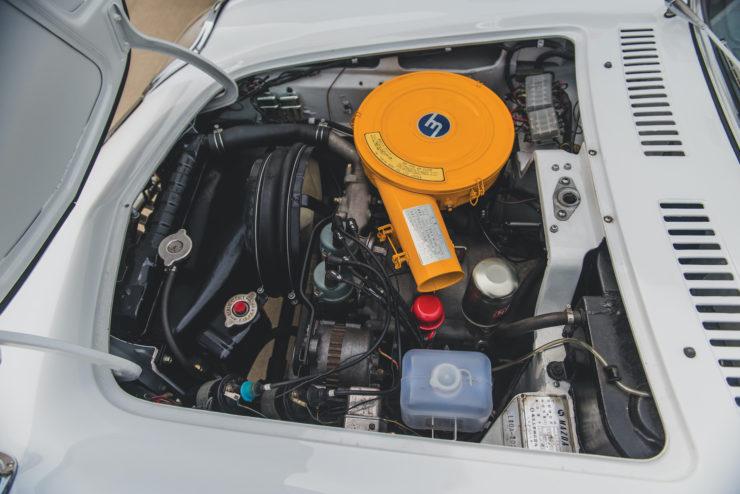 Mazda Cosmo Sport Series I 11
