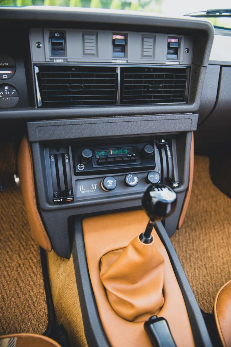 Triumph TR8 Shifter