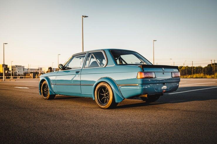 BMW E21 22