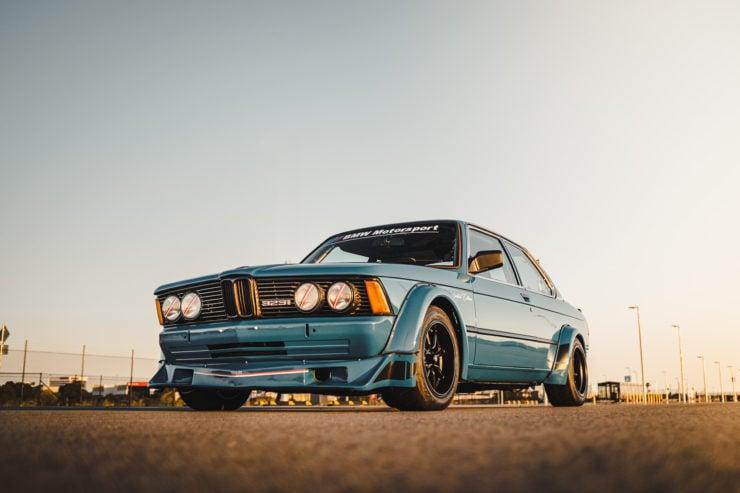 BMW E21 4