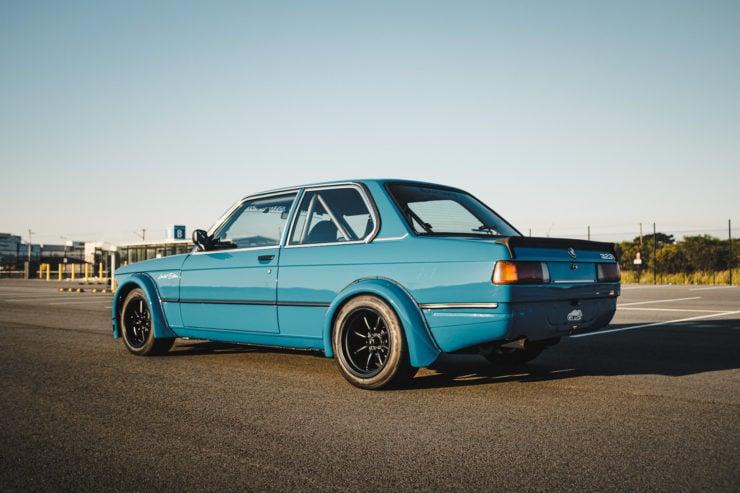 BMW E21 8