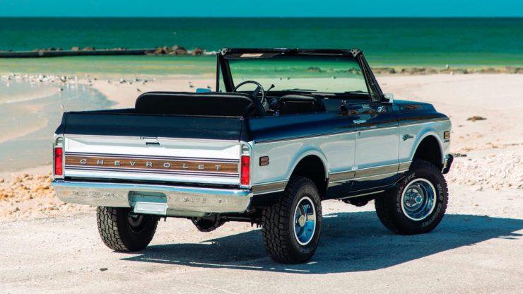 Chevrolet K5 Blazer Restomod Back